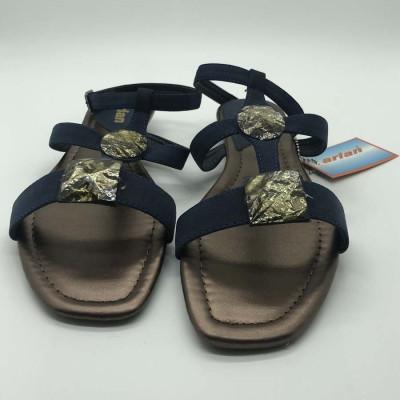Sandalia con piedras - azul