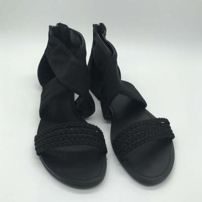 Sandalia plana - negra