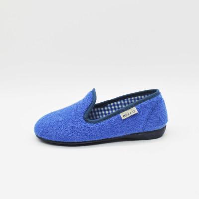 Zapatillas de casa cerradas